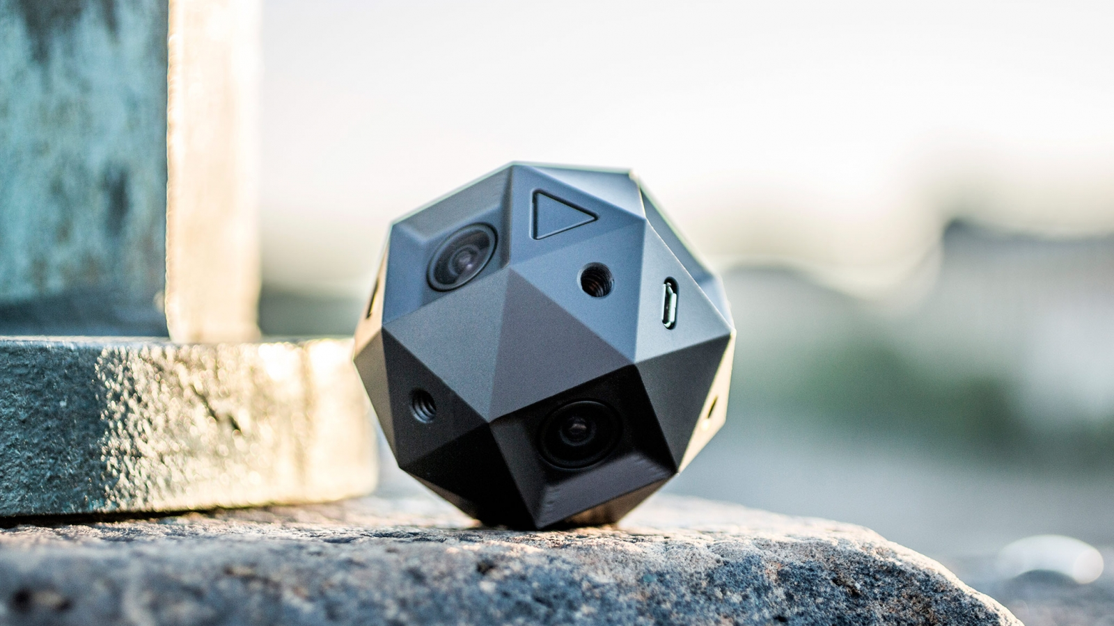 Sphericam2 360° Camera Blaton Design 360cities 2